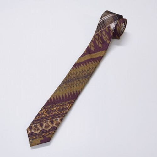 "Earldom x FACTOTUM ""ethnic tie"" 1206"